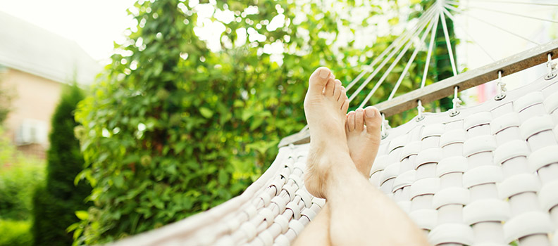 5 Insurance Agency Accounting Blogs to Add to Your Summer Reading List